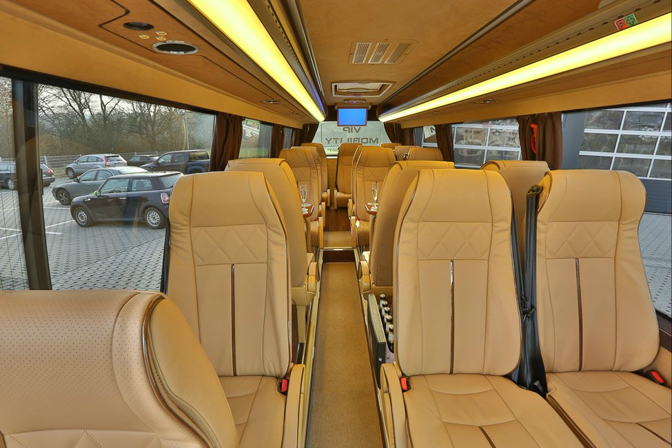 Image gallery luxury mercedes sprinter minibus for Mercedes benz sprinter rental nyc